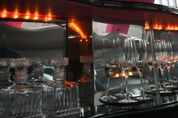 pink-limo-bar-lighting