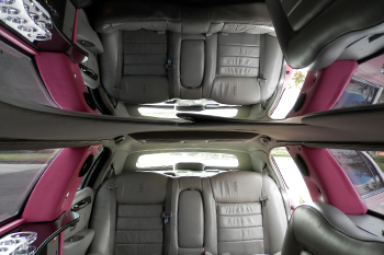 pink-limo-interior-with-mirrored-ceiling