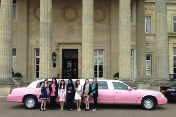 pink-limo-on-girls-trip