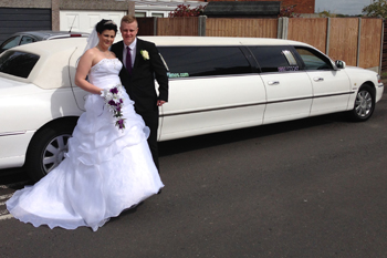 white-limo-for-weddings