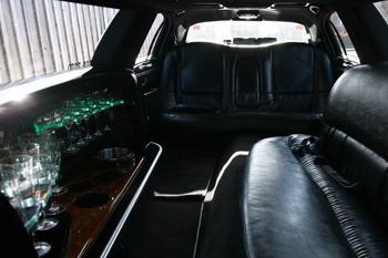 white-limo-interior-photo